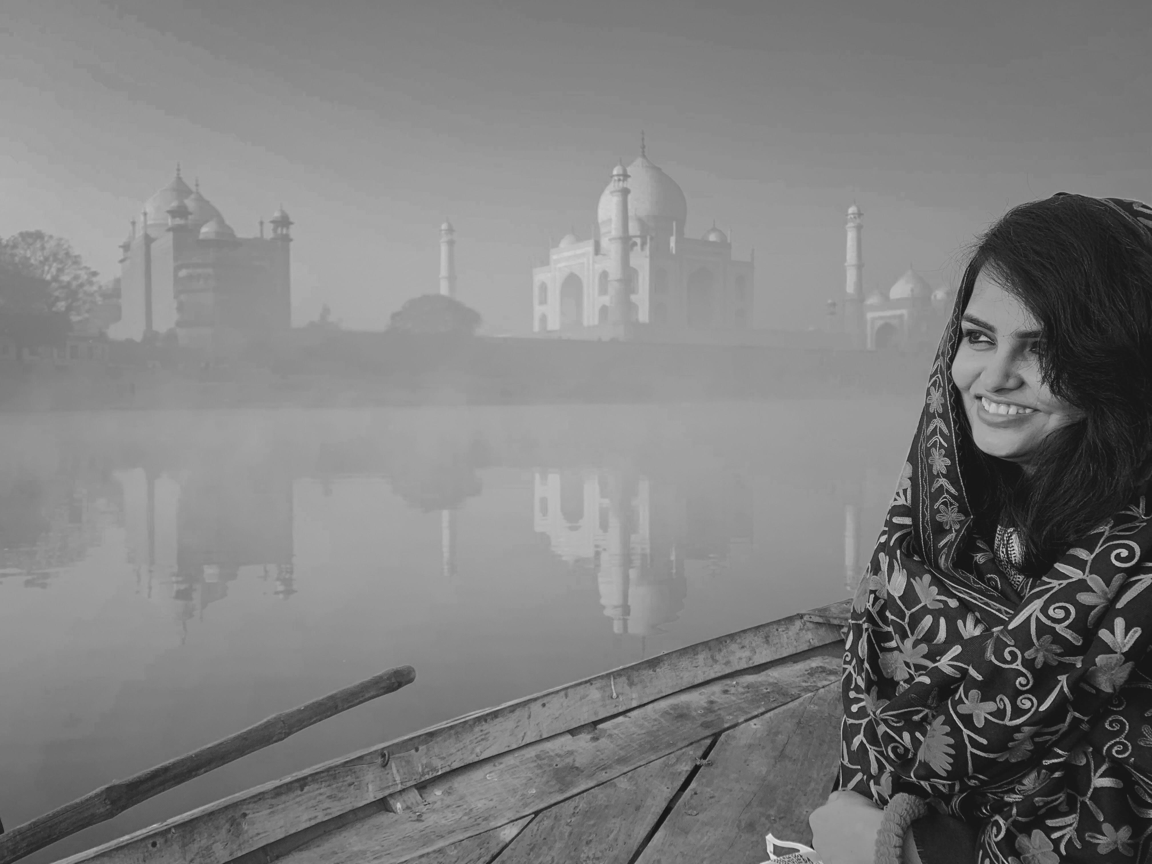 Agra-+the+city+of+taj%2c+of+lost+love+on+the+banks+of+lost+river